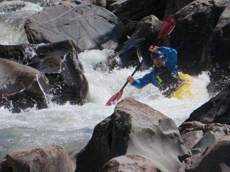 denis-aventure-hustive-sclerose-en-plaques-spitzberg-kayak-sport